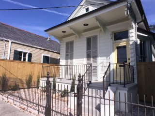 Charming Home Steps from the French Quarter