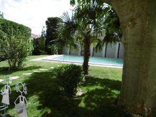 House with 4 bedrooms in Cavaillon, with private pool, enclosed garden and WiFi