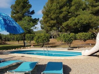 In Benicarlo, family-friendly house with pool and garden