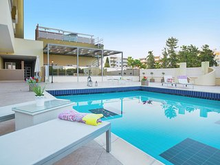 2b Seaview Apartment with Pool, Gym & Tennis Court - La Isla Beach