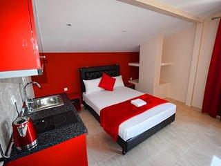 Bright apartment in Paralia