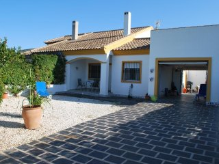 Lovely house -400 m from the beach