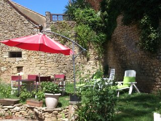 House with 2 rooms in Limeuil, with wonderful city view and enclosed garden
