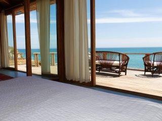 Wak'a Villa - Luxurious Villa with Panoramic Ocean Views