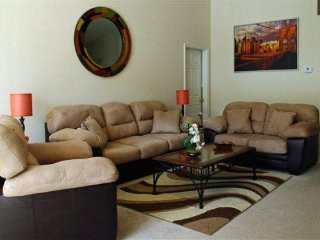 204FL. Disney Area 4 Bedroom Family Vacation Home with Pool and Spa
