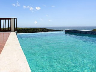 Luxury villa w pool, panoramic view