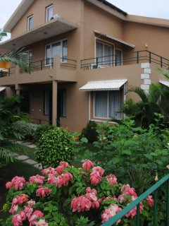 Spacious 3BR villa in lush gated community with pool walking distance to beach