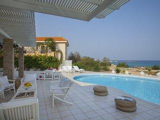 Protaras Seafront Villa Mimoza