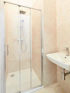 bathroom 2 shower and sink