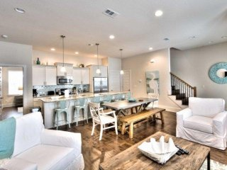 Go Fish - Luxury Beach Home - 30A Style!  Easy Walk to Beach and Gulf Place!