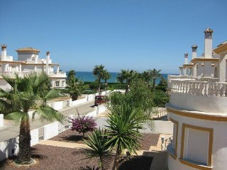 CASA INDALO. Detached beach sIde villa. 3 bed 3 bath. Home from home.