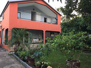 Spacious house with garden & garden