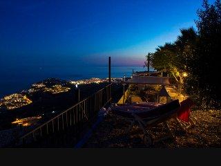 Casas Rurales en Almuñecar...Vistas Panoramicas al Mediterraneo