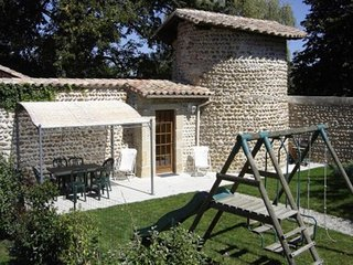 House with 2 rooms in anneyron, with enclosed garden and wifi