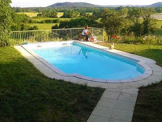 House w/ private pool near Nimes