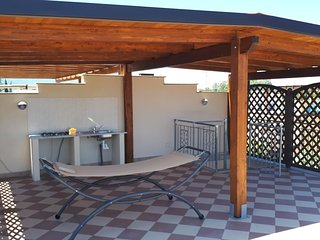Pizzo Beach Club - 2 Badroom 1 Bathroom apartment with Penthause. 88F