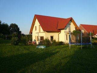 Familienfreundliches modernes Ferienhaus 100qm in Ostseenähe