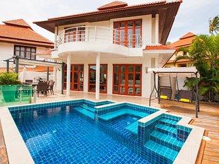 Tongson Bay Villas