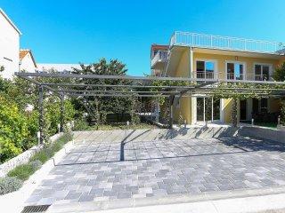 Villa Garden 1