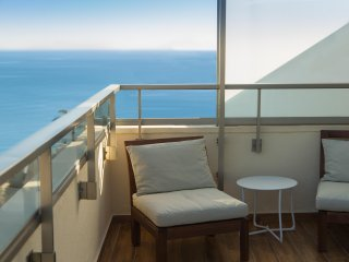 Ático 5★ con vistas al mar