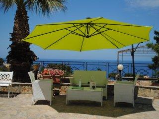 Villa al mare a 20 km da Palermo 'Villa Mediterraneo'  SPAGHETTATA DI BENVENUTO