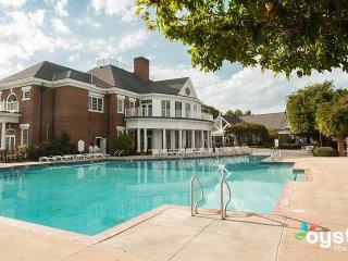 Williamsburg Plantation: 2-BR, 2 Baths, Sleeps 6, with Full Kitchen
