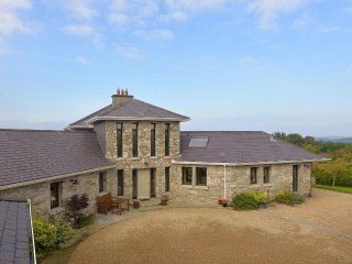 Secluded Private 4 bed Family Holiday Home