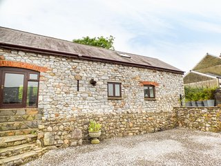 The Granary, ground floor annex, WiFi, paved seating area, ideal for a couple, i