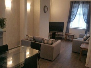 Lovely 4 x Bed Top Of the Range Property - Full Interior re fit ! The best In To