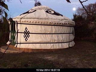 Amazing YURT overlooking Longleat Estate