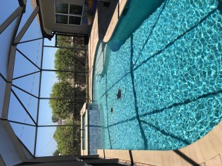 Spacious 3 Bedroom, 2 Bath Pool Home with Hot Tub