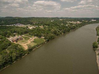 3BR New Build w/ Custom Touches on Cumberland River - Skyline Views