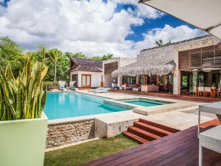 Cacique Modern, Sleeps 10