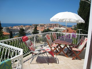 2 mins from the old-town, with private terrace and stunning views!