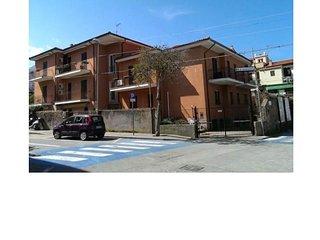 Elba Casa Vacanza  - centro Marciana Marina, spazioso e a due passi dal mare