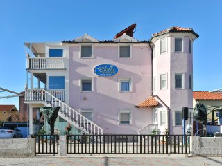 Beautiful house in Zadar bay