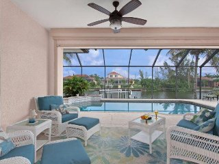 Aqualinda,located at the heart of Cape Coral near Cape Harbor