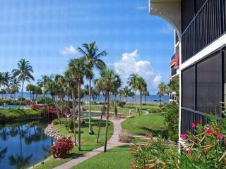 Pointe Santo B25: Stunning Gulf Views in this Tropical Paradise on the Beach!