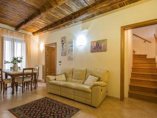 Intera casa 100 mq 5 posti letto Centro Storico