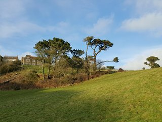 Fabulous detached house, sleeping 24,  set in 6 acres with stunning sea views