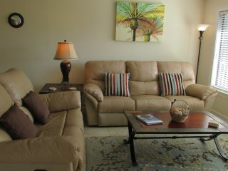 SPRING BREAK SPECIAL $1350 WEEKLY MARCH & APRIL- Sleeps 6 adults & 2 children