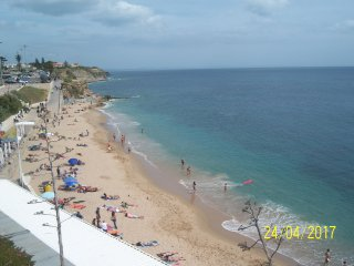 Ocean Front Apartment in Estoril Coast. 2Bed/2Bath Apartment over the Beach
