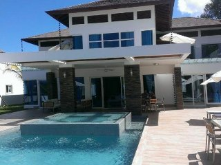 Luxury VIP Villas, Best Rates! 5Star Resort: 3-7 Bdr.