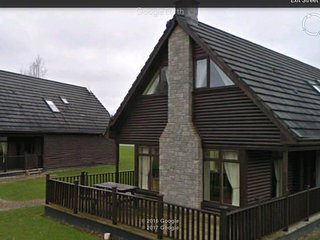 Portumna - spacious lodge for up to 10   Edge of forest , walk to Lough Derg