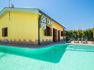 5 star RELAX VILLA WITH HUGE PRIVATE SWIMMING POOL