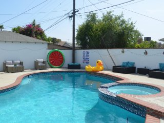 Inviting Newly Renovated Home with pool Close to Universal Studios