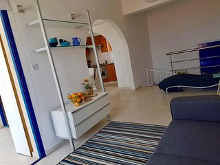 Nerina Sea view Stunnng 5* townhouse in Chloraka Village , Paphos