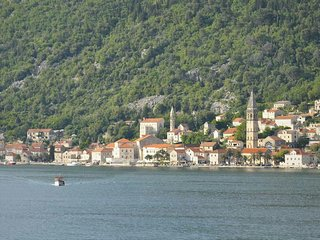 Apartment with a great view of Perast