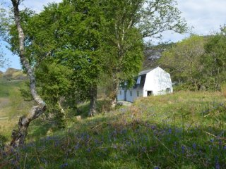 Comfortable converted croft house near Lochinver and Achmelvich
