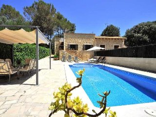Chalet for 6-8 people in Crestatx with private pool and BBQ. Children wellcome-